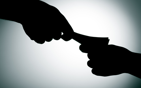 income tax officer arrested for accepting bribe